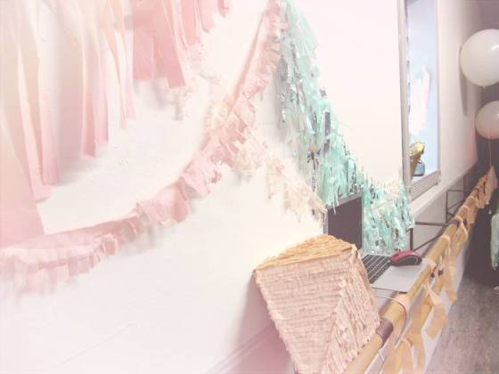 I kept seeing these to-die-for pastel tissue garlands flying around Pinterest, and trendy geometric pinatas! I tried my hand at DIY-ing them, along with some hand dyed & cut fabric streamers in a pastel peach, mint and blush palette